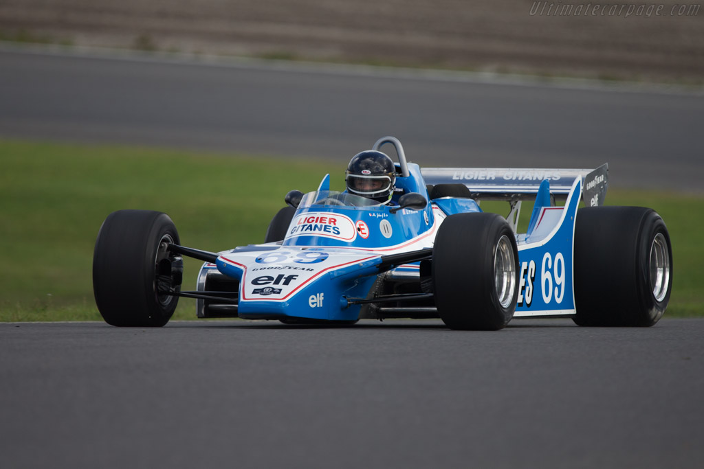 Click here to open the Ligier JS11 Cosworth gallery