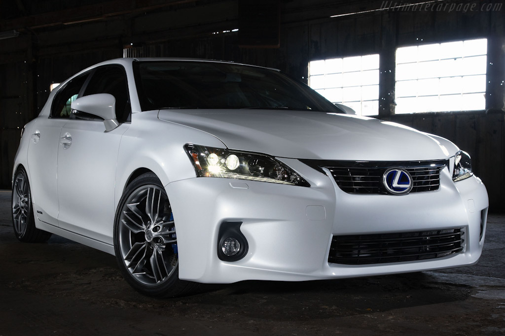 Click here to open the Lexus CT 200h F Sport Concept gallery