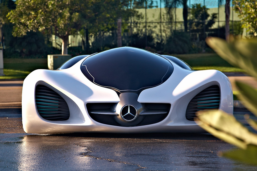 Click here to open the Mercedes-Benz Biome Concept gallery