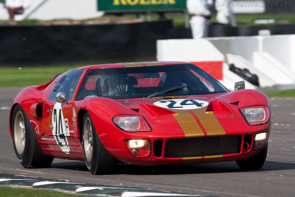Ford GT40 'AM Lightweight' - Chassis: AM GT-2   - 2010 Goodwood Revival
