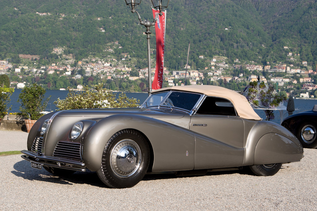 Click here to open the Alfa Romeo 6C 2500 SS Pinin Farina Spider gallery