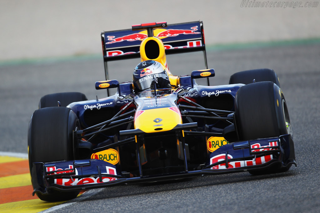 Red Bull Racing RB7 Renault