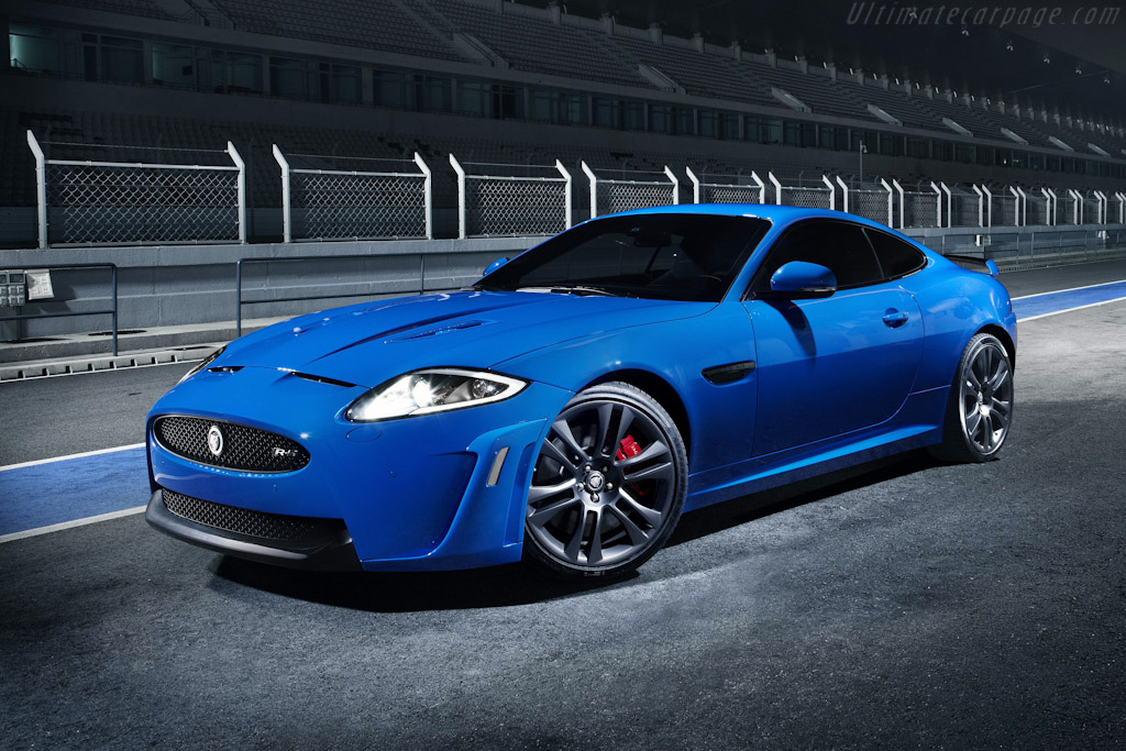 Click here to open the Jaguar XKR-S gallery
