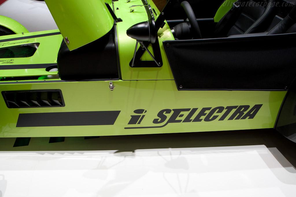 Irmscher iSelectra Concept   - 2011 Geneva International Motor Show