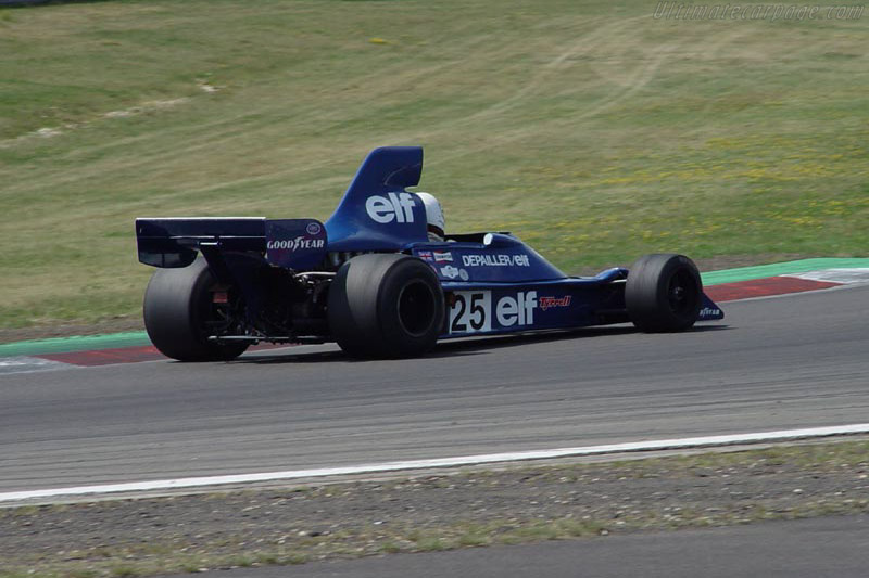 Tyrrell 007 Cosworth