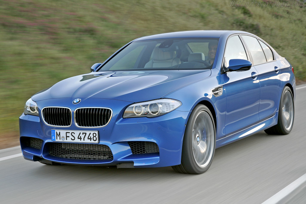 Click here to open the BMW M5 gallery