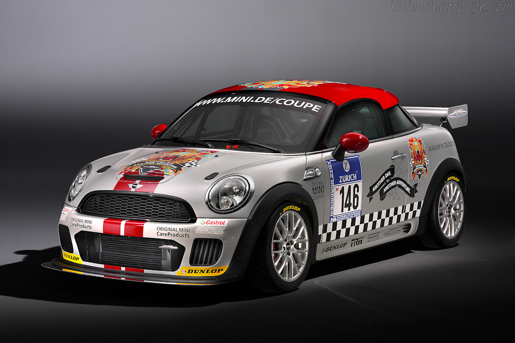 Click here to open the MINI John Cooper Works Coupé Endurance gallery