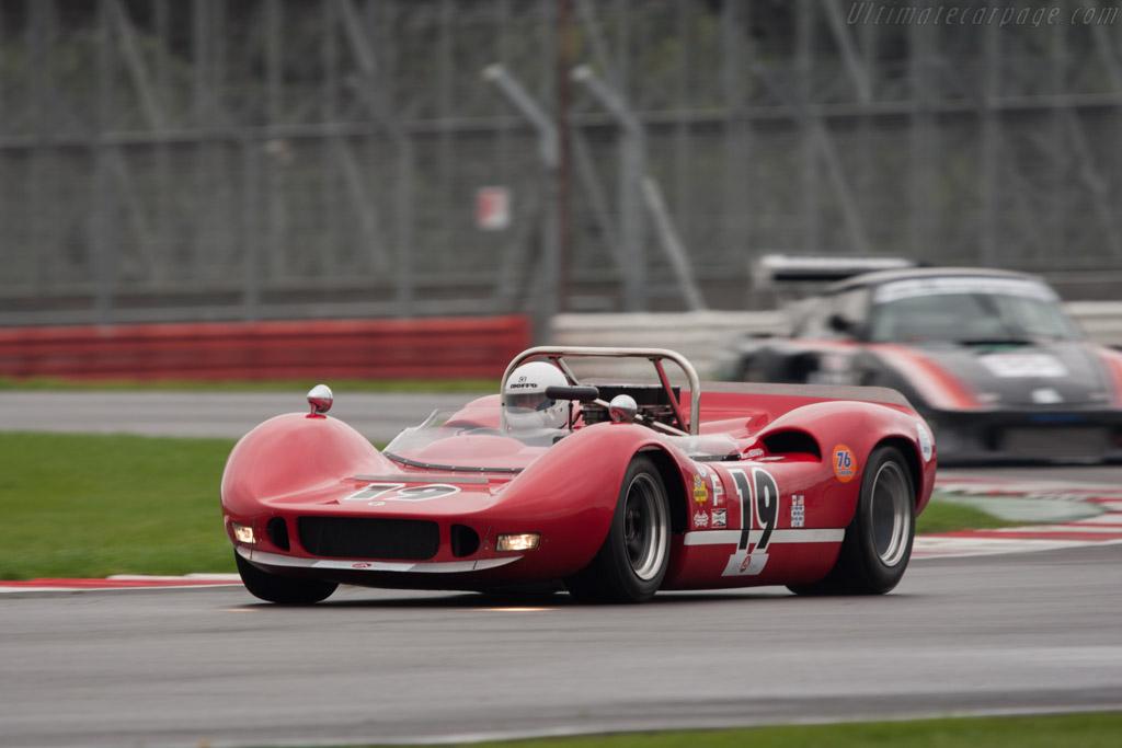 McLaren M1B Chevrolet - Chassis: 30-04   - 2010 Le Mans Series Silverstone 1000 km (ILMC)
