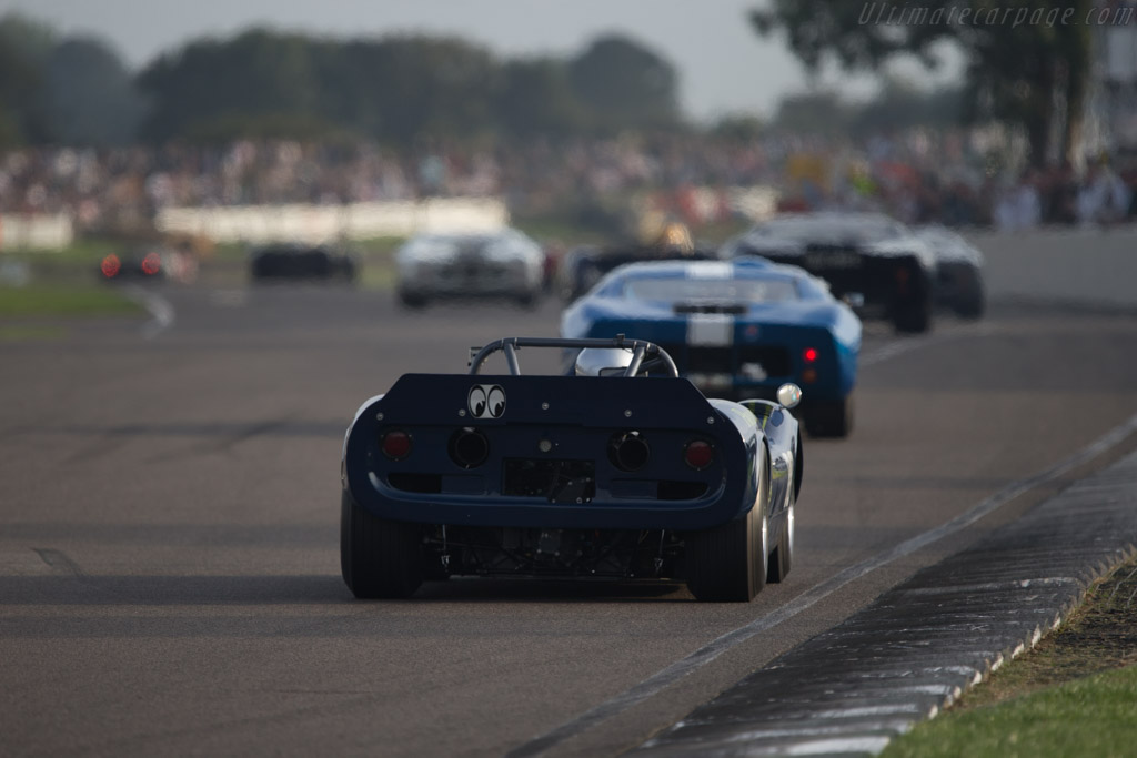 McLaren M1B Chevrolet - Chassis: 30-19   - 2014 Goodwood Revival