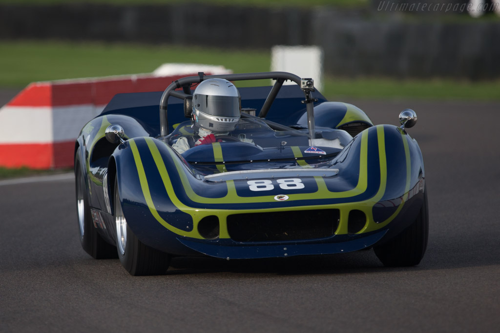 McLaren M1B Chevrolet - Chassis: 30-19   - 2014 Goodwood Revival
