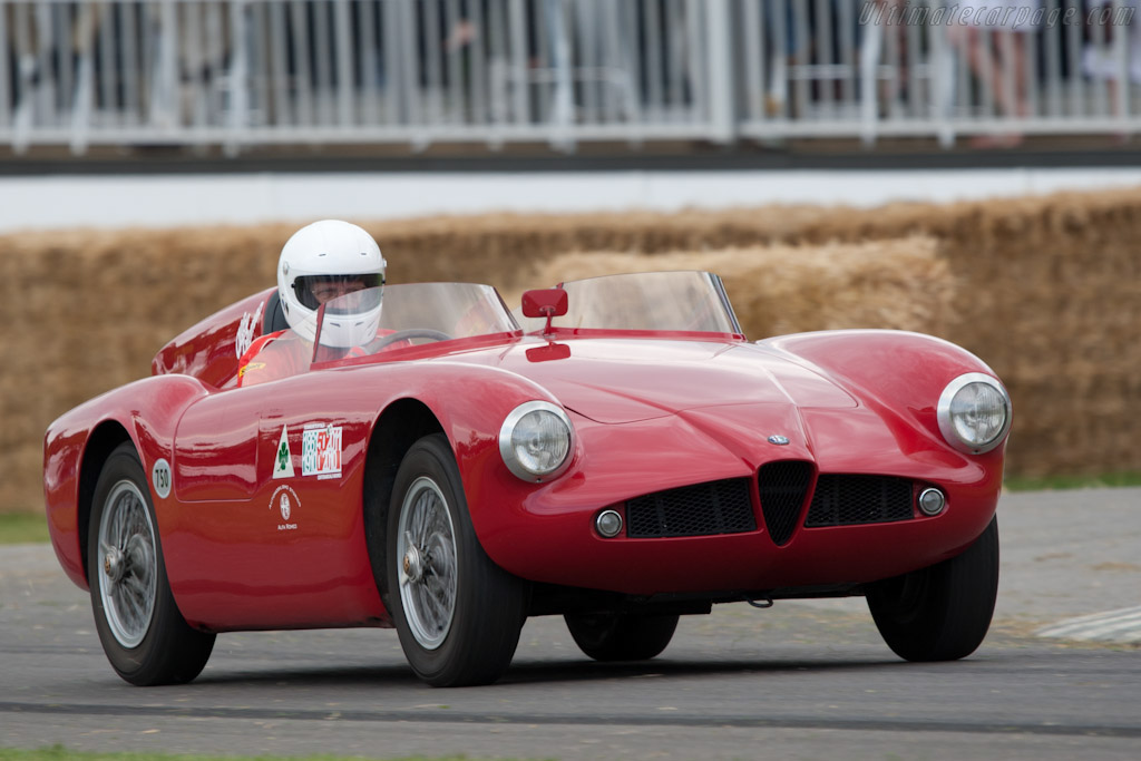 Click here to open the Alfa Romeo 750 Competizione gallery