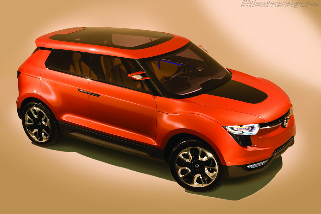 Click here to open the SsangYong XIV-1 Concept gallery