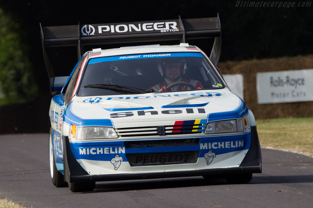 Click here to open the Peugeot 405 T16 Pikes Peak gallery