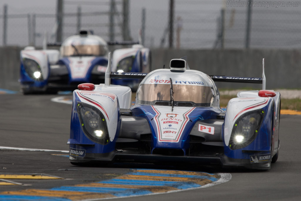 Click here to open the Toyota TS030 Hybrid gallery