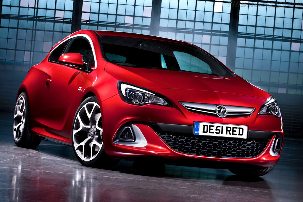 Click here to open the Vauxhall Astra VXR gallery
