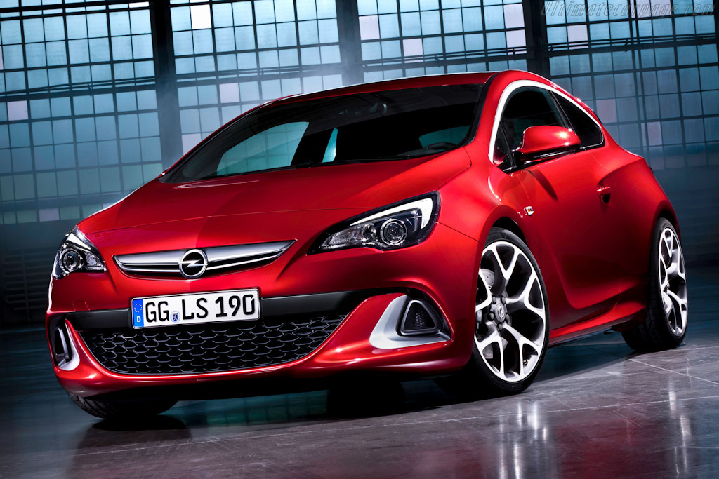 Click here to open the Opel Astra OPC gallery