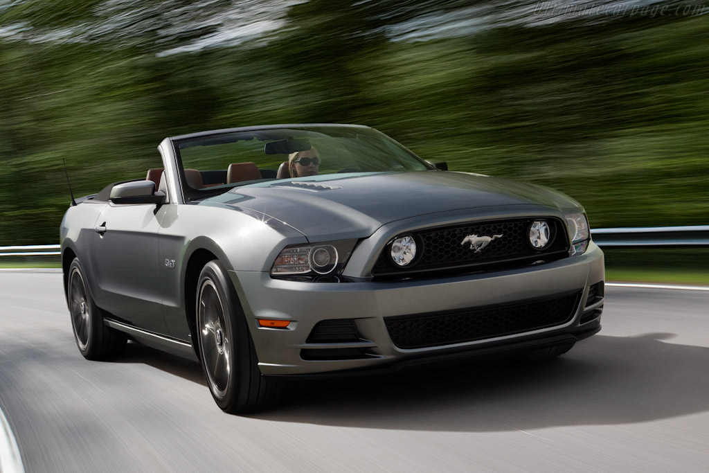 2012 2014 ford mustang gt convertible images specifications and