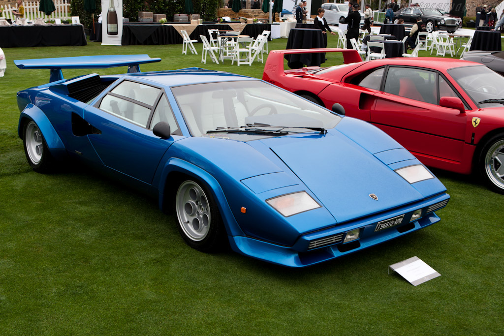 Click here to open the Lamborghini Countach LP400S gallery