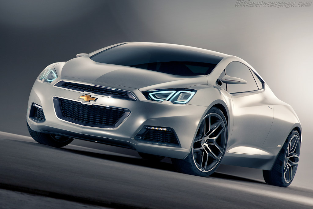 Click here to open the Chevrolet Tru 140S Concept gallery