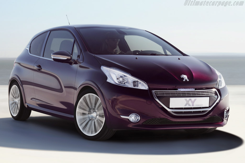 Click here to open the Peugeot 208 XY Concept gallery