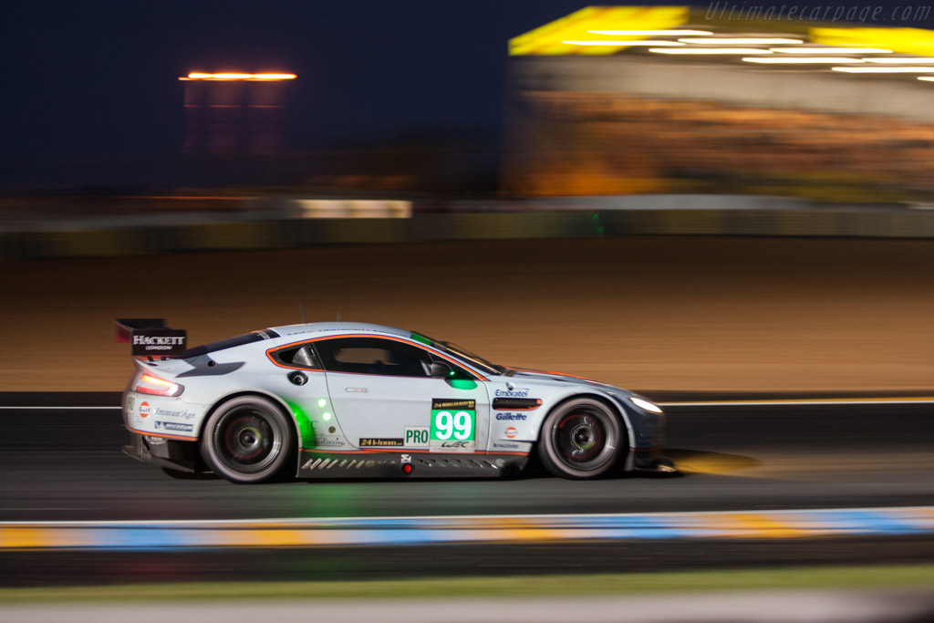 Aston Martin V8 Vantage GTE - Chassis: GTE-005 - Entrant: Aston Martin Racing - Driver: Bruno Senna / Rob Bell / Frederic Makowiecki  - 2013 24 Hours of Le Mans