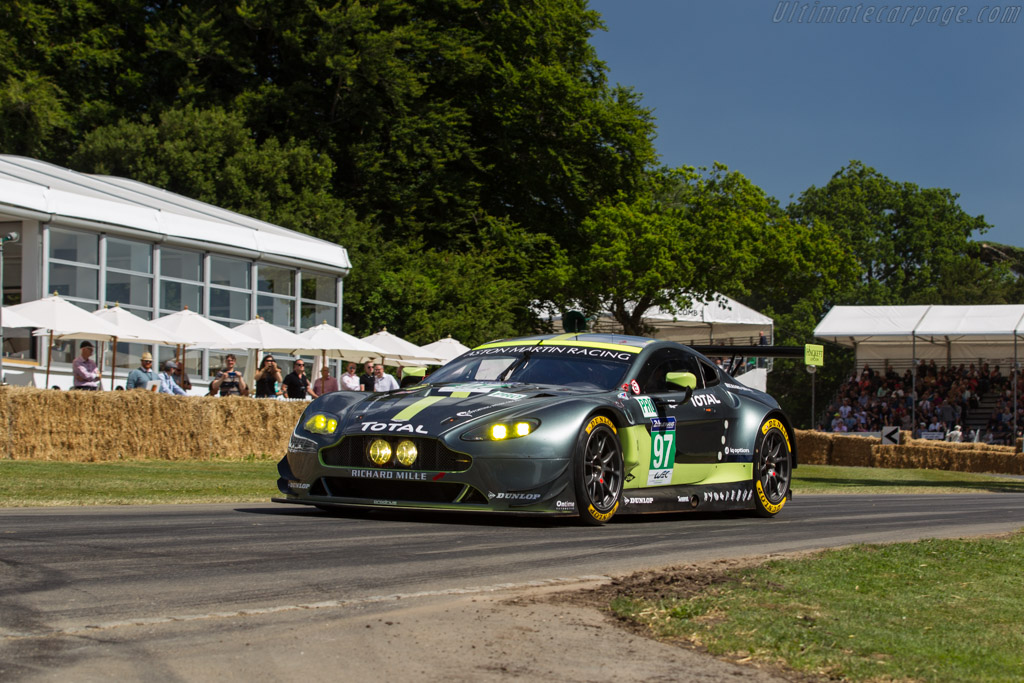 Aston Martin V8 Vantage GTE - Chassis: GTE-005 - Entrant: Aston Martin Racing - Driver: Jonny Adam  - 2017 Goodwood Festival of Speed