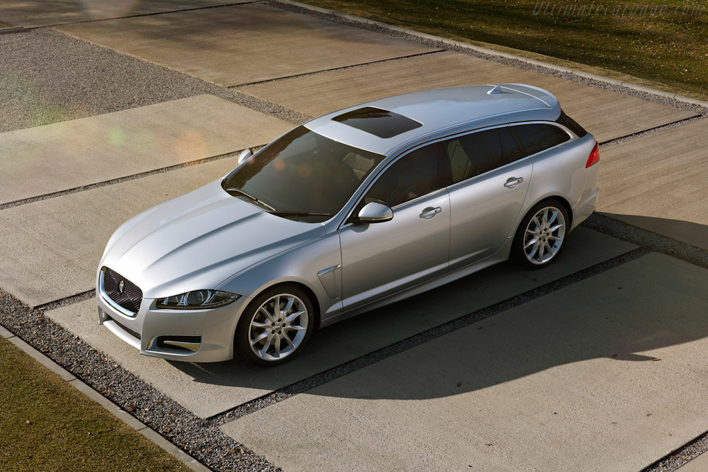 Click here to open the Jaguar XF Sportbrake gallery