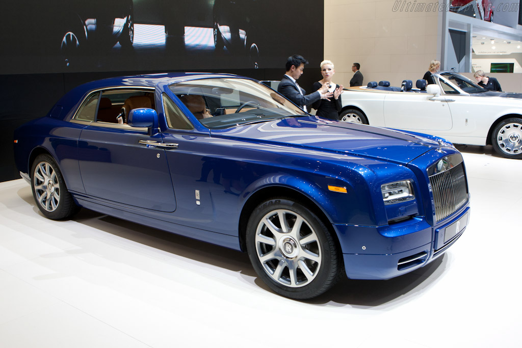 Click here to open the Rolls-Royce Phantom Series II Coupe gallery