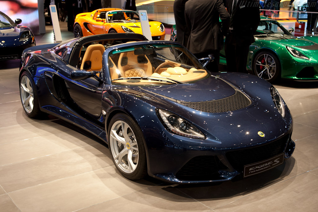 Click here to open the Lotus Exige S Roadster gallery