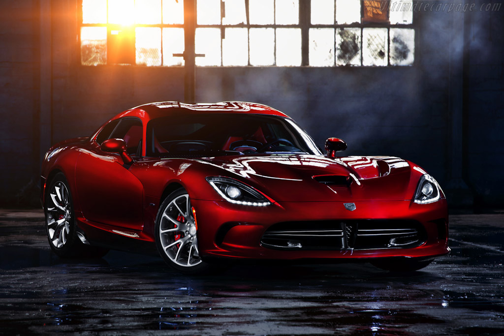 Click here to open the SRT Viper GTS gallery