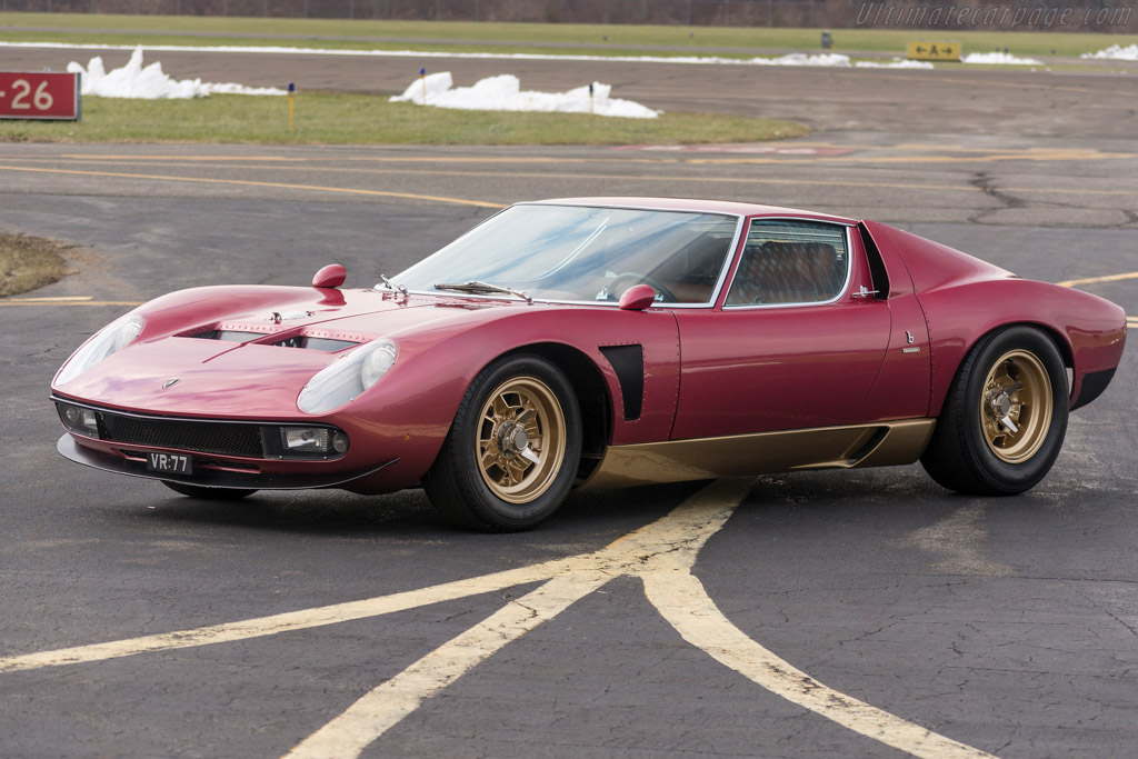Click here to open the Lamborghini Miura P400 SV/J gallery
