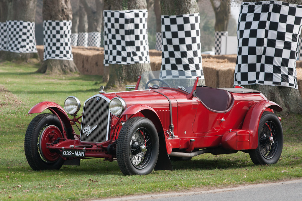 Click here to open the Alfa Romeo 8C 2300 Touring Le Mans gallery