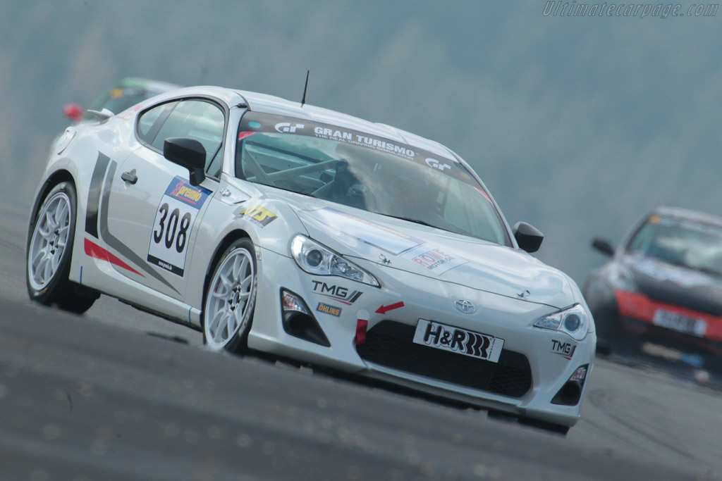 Click here to open the Toyota GT 86 CS-V3 gallery