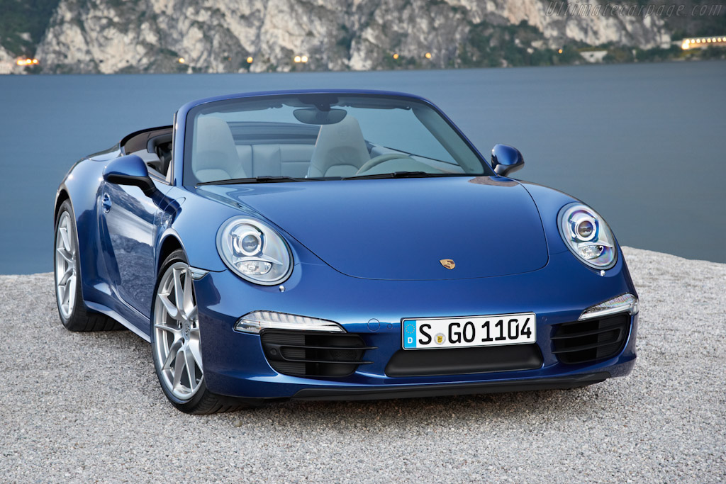 Click here to open the Porsche 911 Carrera 4 Cabriolet gallery