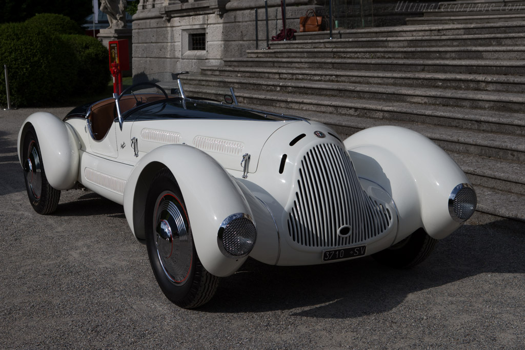 Click here to open the Alfa Romeo 6C 1750 Gran Sport Aprile Spider Corsa gallery