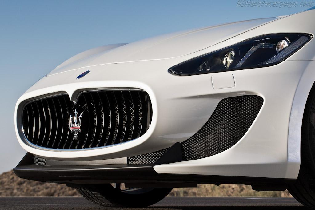 Maserati >> Maserati GranCabrio MC