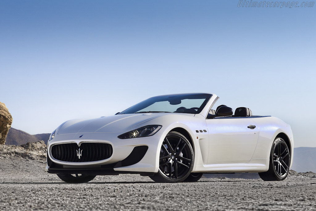Click here to open the Maserati GranCabrio MC gallery