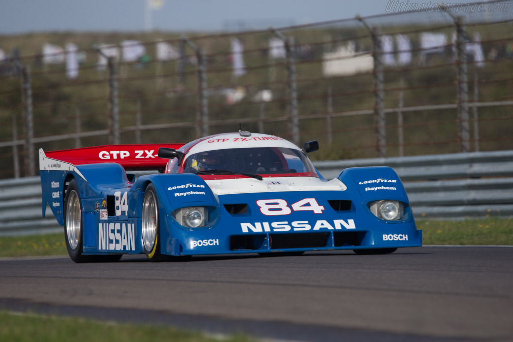 Click here to open the Nissan NPT-90 gallery