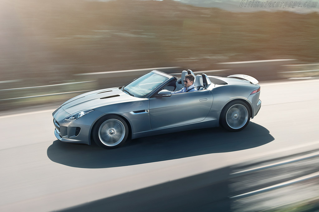 Click here to open the Jaguar F-Type S gallery