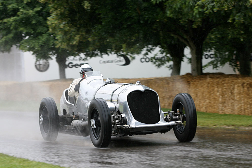 Click here to open the Napier-Railton Special gallery