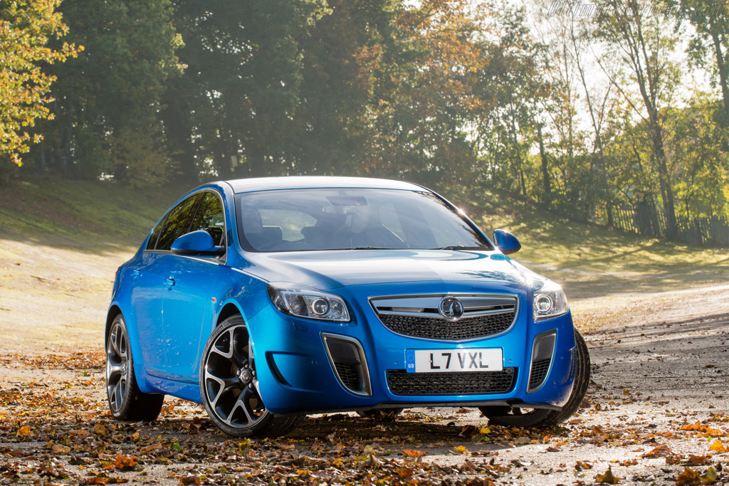 Click here to open the Vauxhall Insignia VXR SuperSport gallery