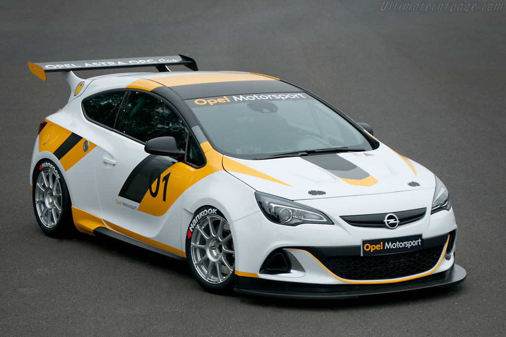 Click here to open the Opel Astra OPC Cup gallery