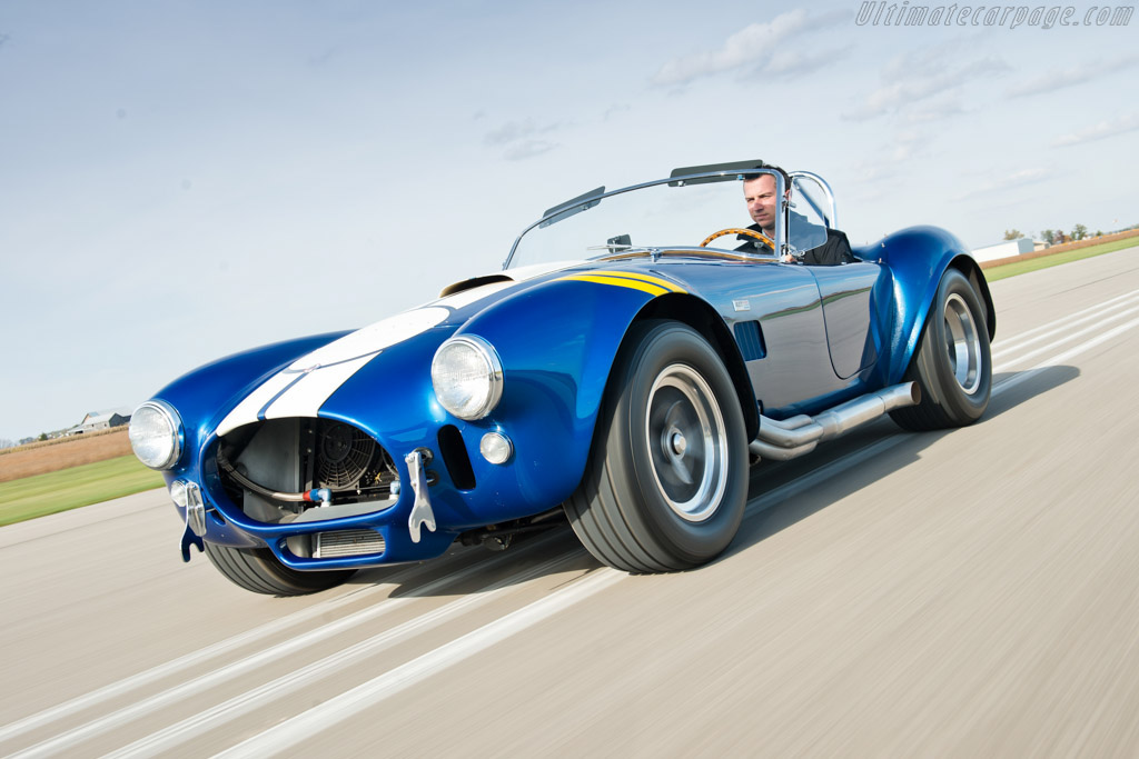 Click here to open the AC Shelby Cobra 427 S/C gallery