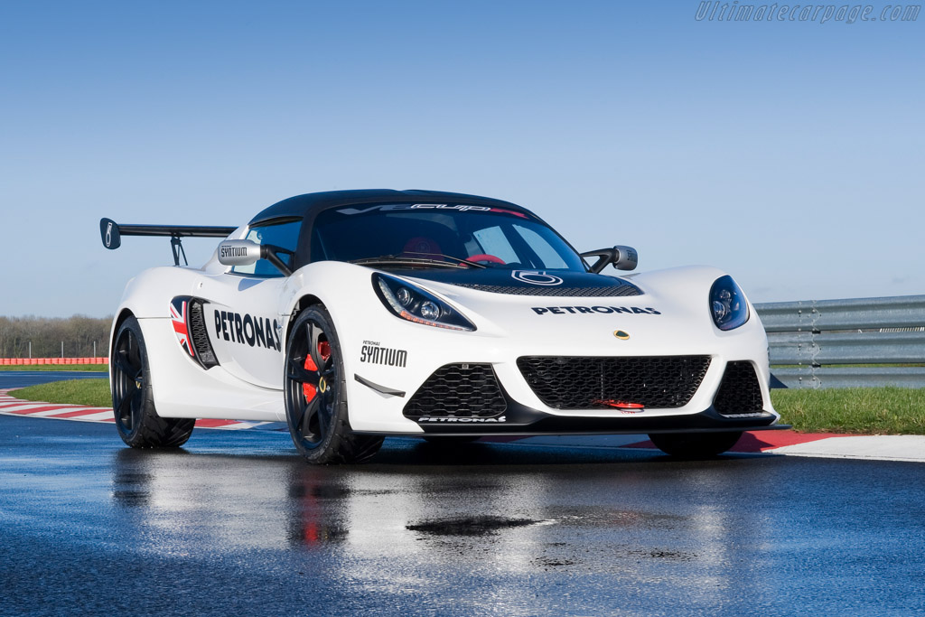 Click here to open the Lotus Exige V6 CupR gallery
