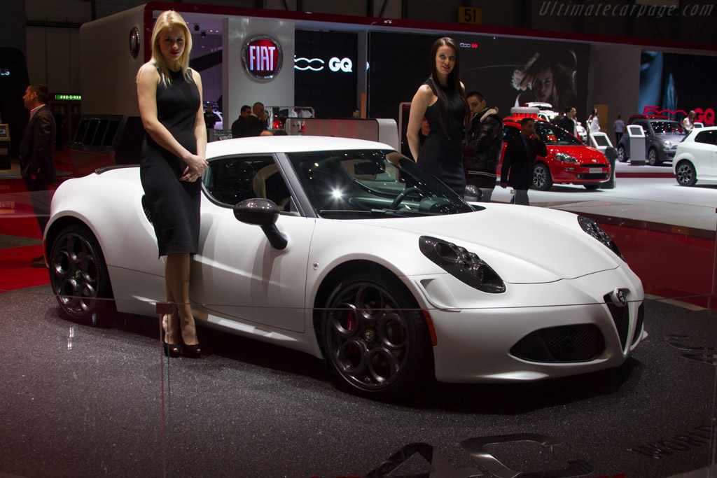 Click here to open the Alfa Romeo 4C gallery