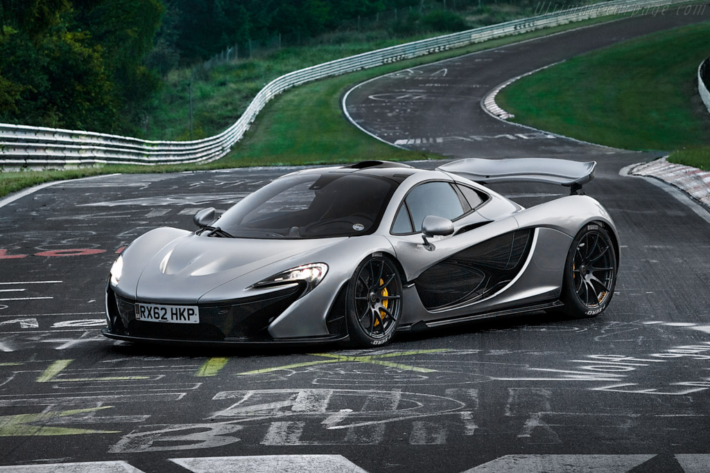 Click here to open the McLaren P1 gallery