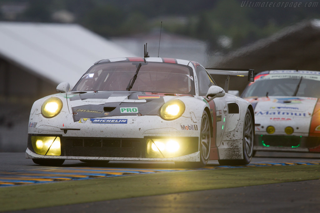 porsche 911 le mans with Porsche 911 Rsr on 24 Hours Of Le Mans A Porsche 911 History likewise 2012 Best Year History Porsche in addition Tuthill Porsche Invites Safari Classic Rally Entries moreover Porsche 911 Carrera RSR besides Porsche 911 T R.