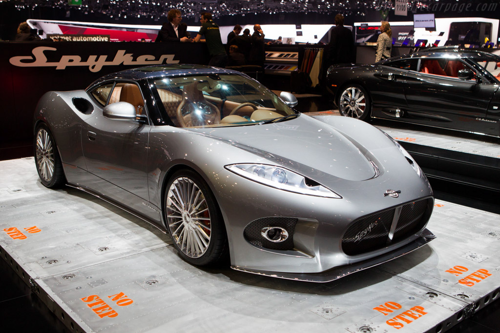 Click here to open the Spyker B6 Venator gallery