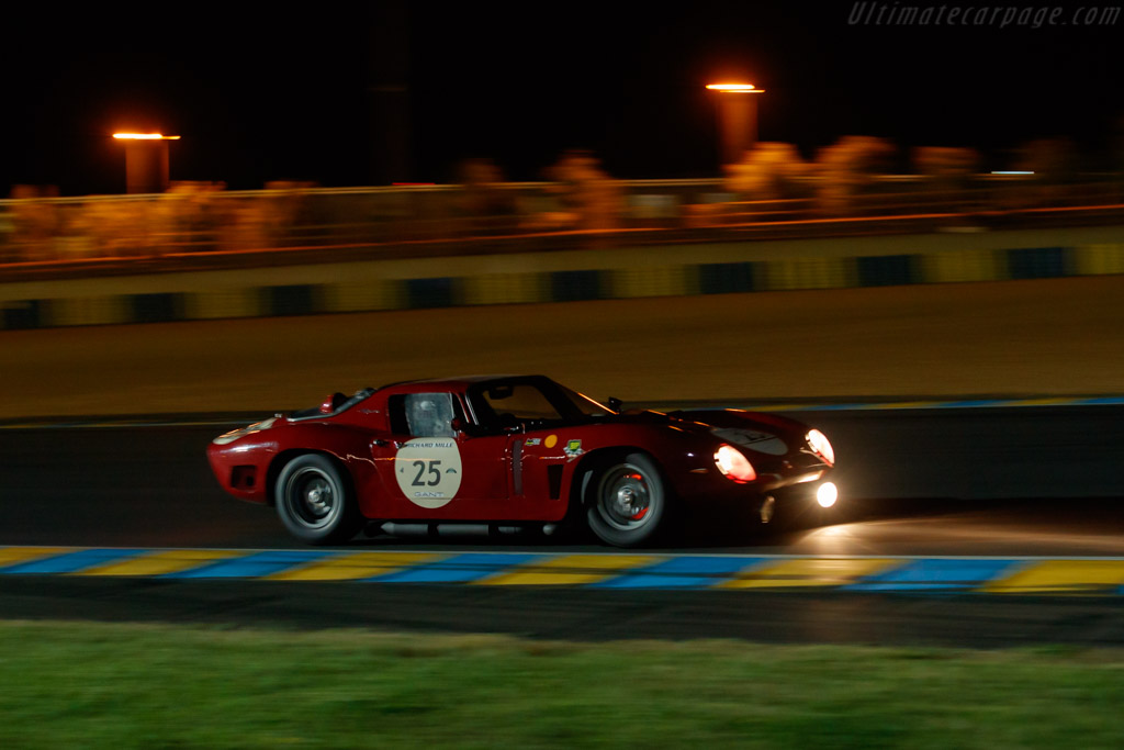 Bizzarrini 5300 GT Corsa - Chassis: BA4 0106  - 2018 Le Mans Classic