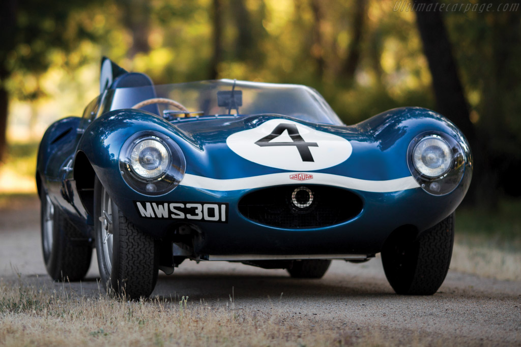 Click here to open the Jaguar D-Type gallery